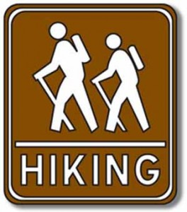camppage-hikingsign